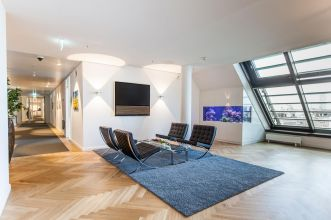 Office for rent with inviting reception area in a top location in Hamburg