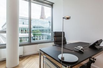 Rent office in Hamburg center with full enterior