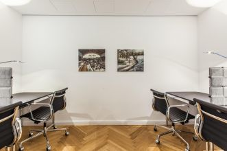 Office with classy interior to rent in Hamburg