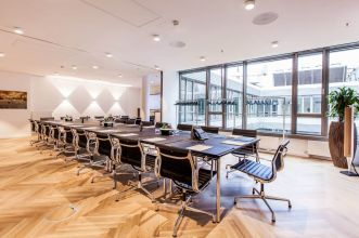Lease conference room in Hamburg for large audience