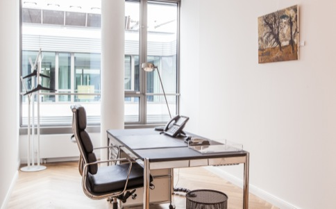 Office to rent in Hamburg with noble facilities