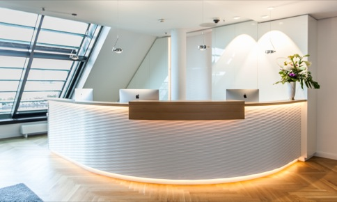 Rent office in Hamburg with exclusive interior